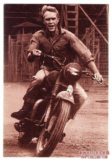 1963年著名电影《胜利大逃亡》剧中摩托